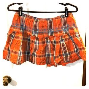 Plaid mini skirt with embroidery